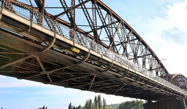 railway-bridge-351535